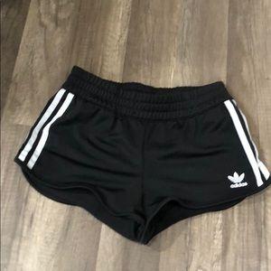 Women's Xs adidas classic shorts